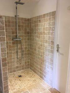 Location de gite avec douche italienne en Guadeloupe
