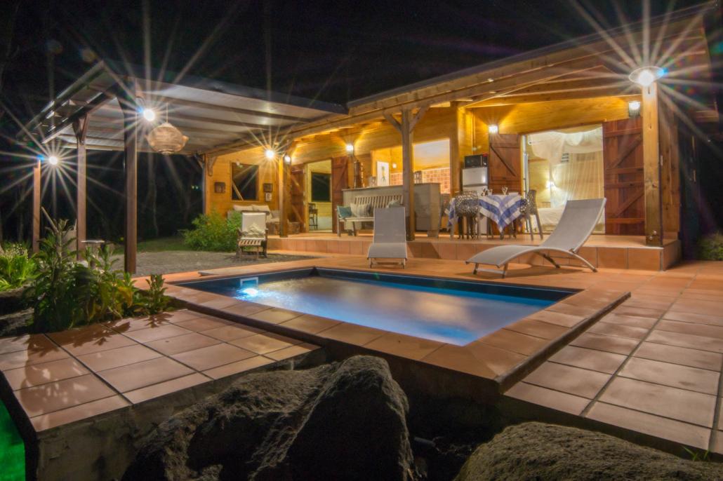 Location de gite avec piscine priv e en guadeloupe au - Bungalow guadeloupe piscine privee ...